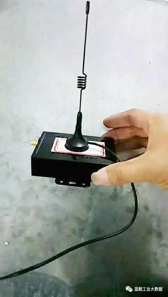 蓝鲸数据传输器安装